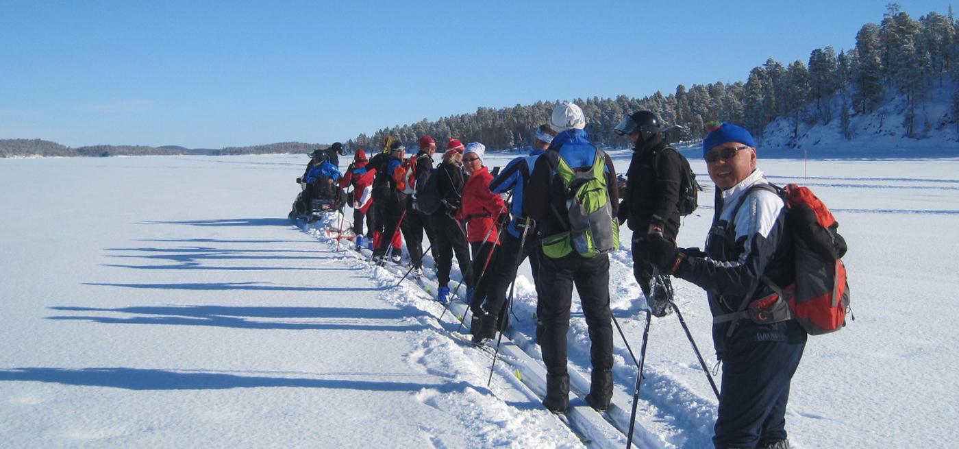 Hiihtäen halki Suomen